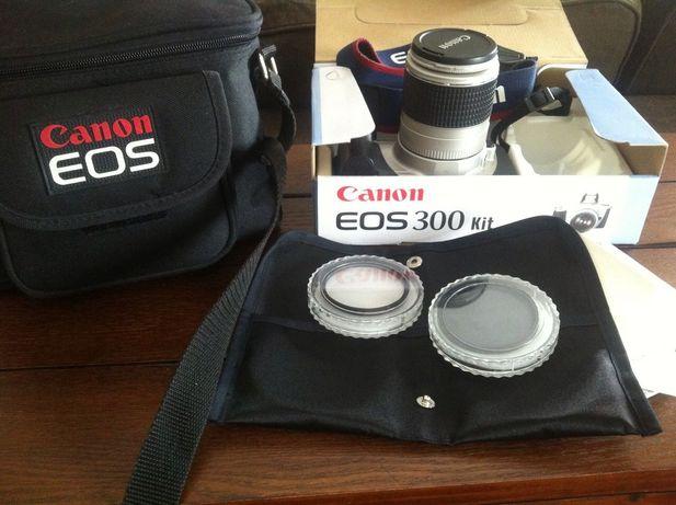 Maquina fotográfica EOS 300 - Kit.