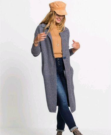 Sweterkowy płaszcz Rainbiow bonprix r. 38/40