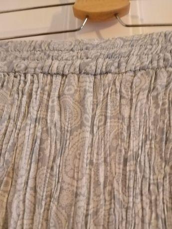 Calças género plissadas - Zara