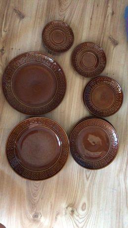 Komplet brązowej porcelany z czasów PRL