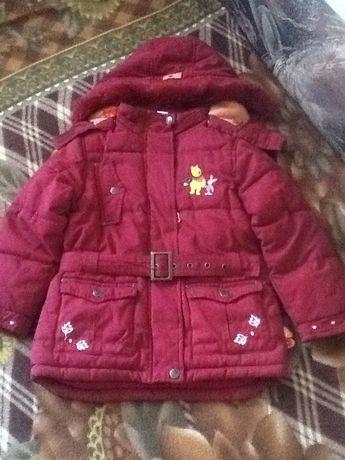 Продам осеннюю куртку для девочки C&A (Disney)