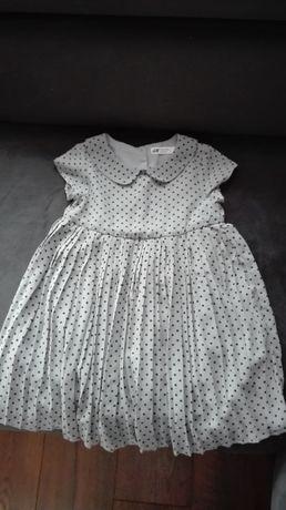 Sukienka dla dziewczynki, idealna na wiosnę