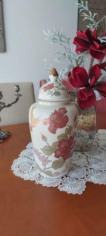 Magnífico Pote decorado com flores