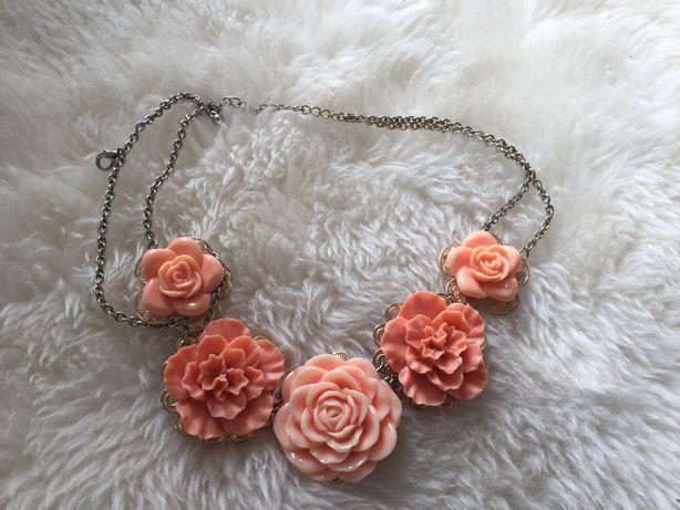 Naszyjnik brzoskwiniowe róże