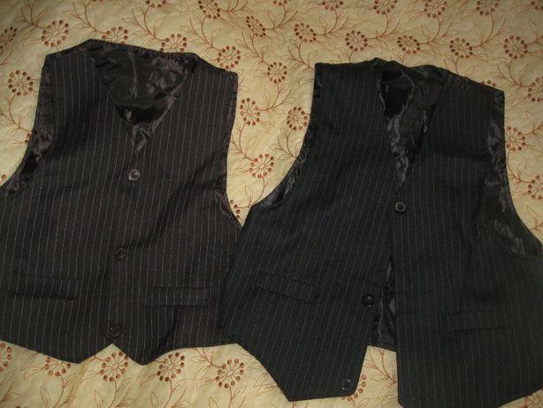 жилетки до шкільного костюма школьная форма