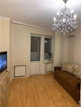 Продается 1 комнатная квартира возле парка Победы