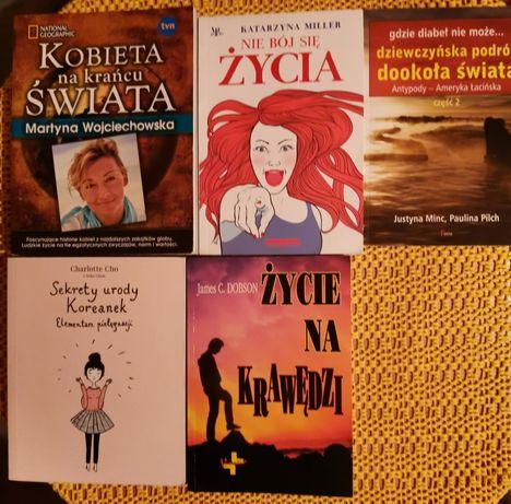 Zestaw 5 książek.