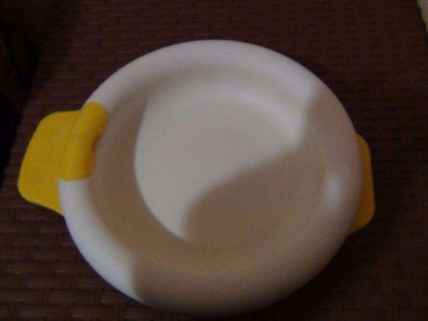 Продаю тарелку Chicco, сохраняющая температуру