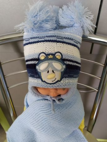 Зимний комплект шапочка и шарфик