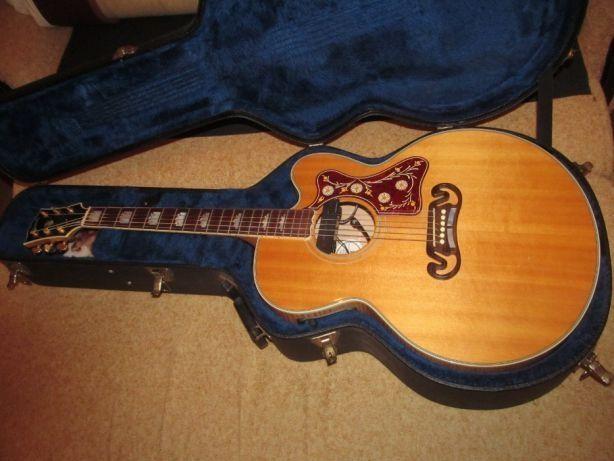Гитара Gibson J-200 Custom USA