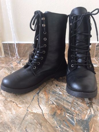 Нове взуття,черевики,чобітки