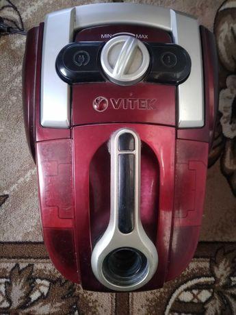 Продам пылесос с водяным фильтром