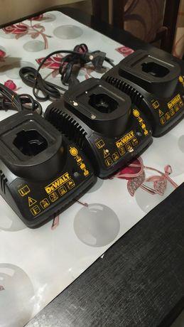Зарядка Bosch та DeWalt
