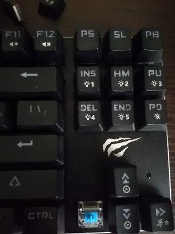 Игровая механическая клавиатура с подсветкой