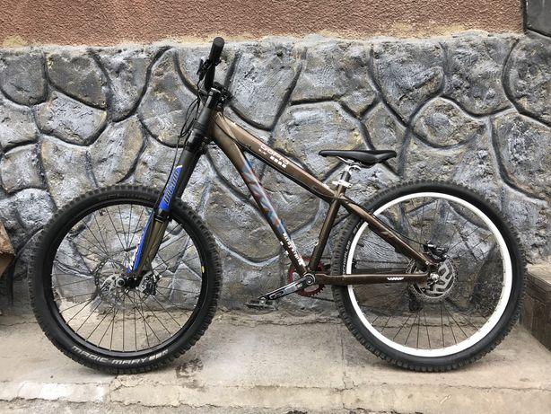 Велосипед UMF Hardy 3 24S (custom, manitou dorado, slx, zee)
