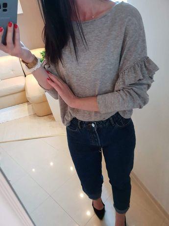 Beżowy sweterek, ZARA falbanki na rekawach rozmiar M/L.  Stan idealny