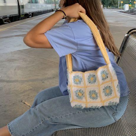 Shoulder bag croche feita a mão