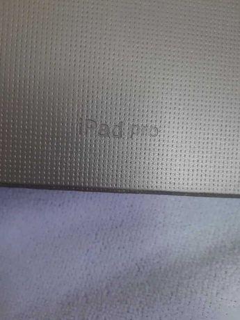 Новый чехол на планшет iPad pro