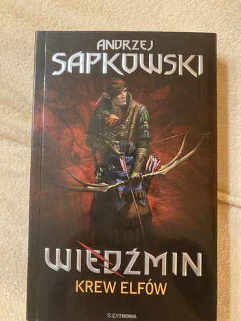Wiedźmin Krew Elfów Sapkowski!