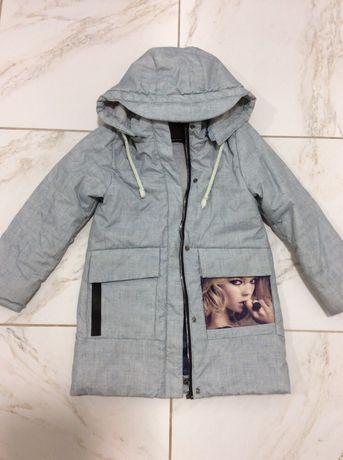 Весенне пальто на девочку 5-6 лет ромт 116+