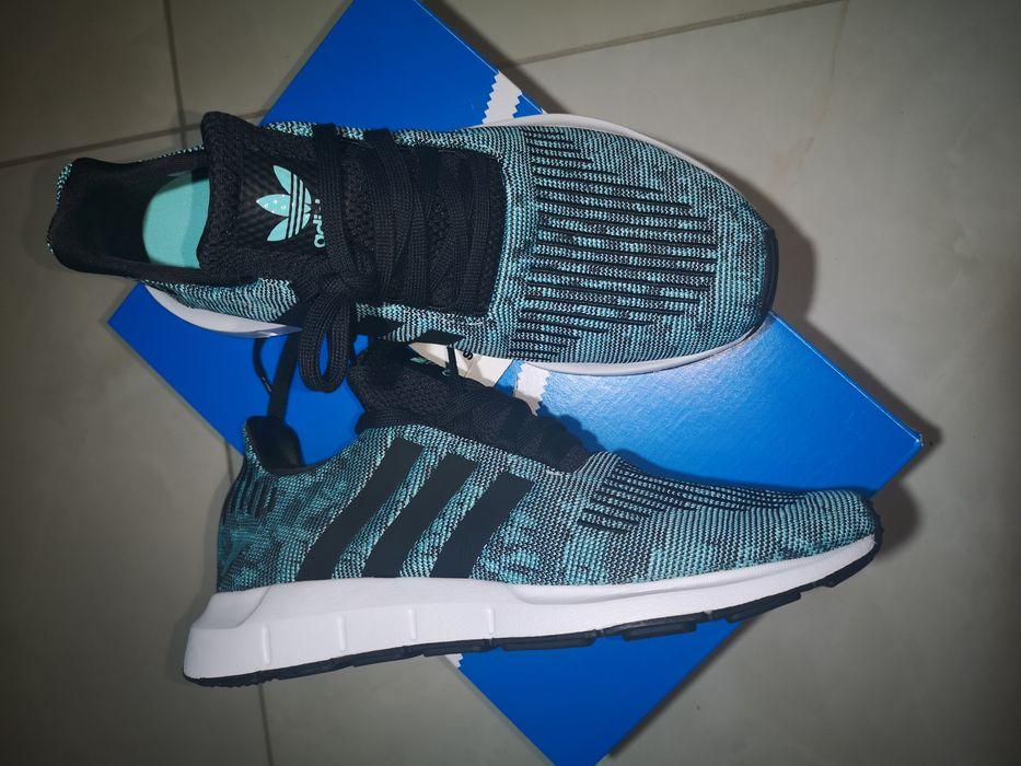 Świetne buty Adidas Swift Run w rozm 42i2/3 Tarnowskie Góry - image 1