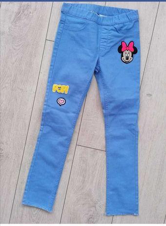 Nowe spodnie dla dziewczynki