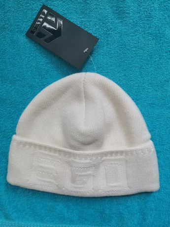 Вязаная шапка Ellan, новая. На взрослого