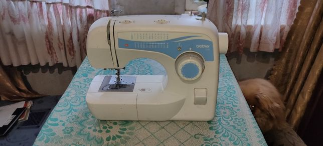 Продам супер машинку швейную Brother  L30.