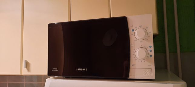 Mikrofala, mikrofalówka Samsung