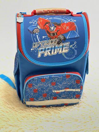 Рюкзак портфель для первоклашки с ортопедической спинкой kite