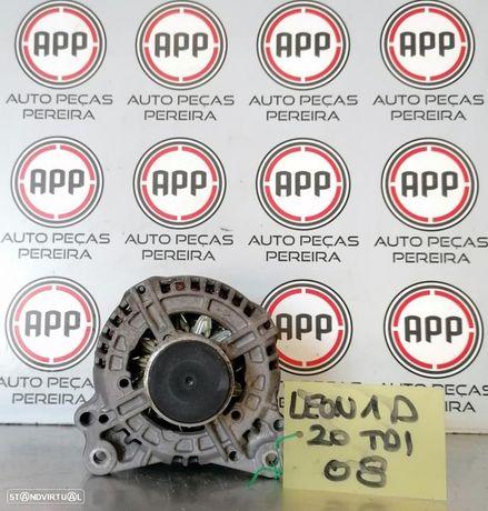 Alternador Seat Leon 1P 2.0 TDI 2008.