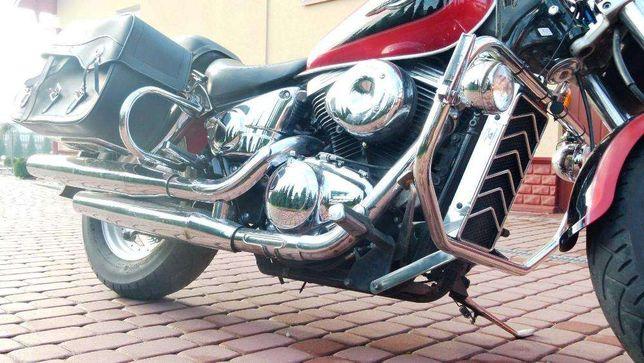 Suzuki VZ 800 Marudertylny gmol szyba