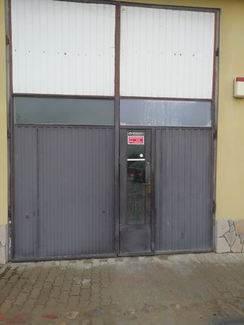 Drzwi garażowe szerokość 300 wysokość 370