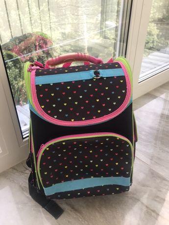 Рюкзак школьный каркасный Kite 501 Hearts для девочек (K16-501S-3)
