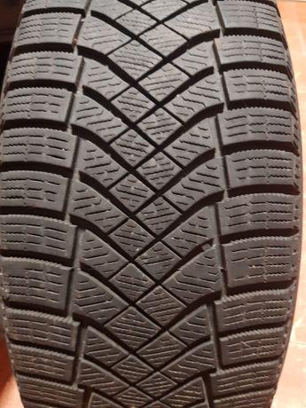 Зимние шины 2шт. Pirelli Ice Zero FR 215/60 R16
