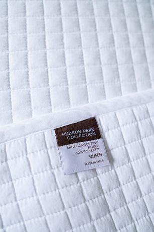 Hudson Park Collection narzuta i 2 poduszki 300 $