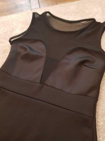 Czarna, sexowna sukienka midi