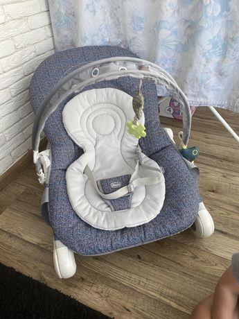 Детская кресло качалка chicco