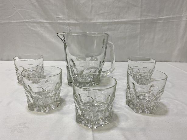 Jarro Vintage com copos