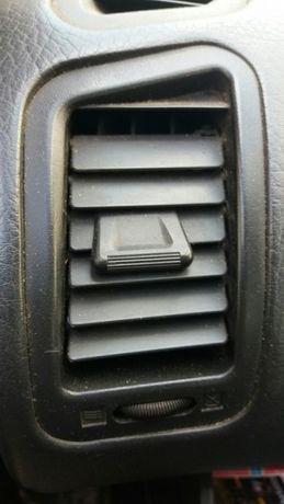 Saidas de ventilação Nissan terrano II