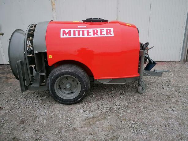 Opryskiwacz sadowniczy Mitterer 1000 l