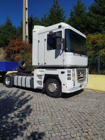 Camião Renault Magnum 480