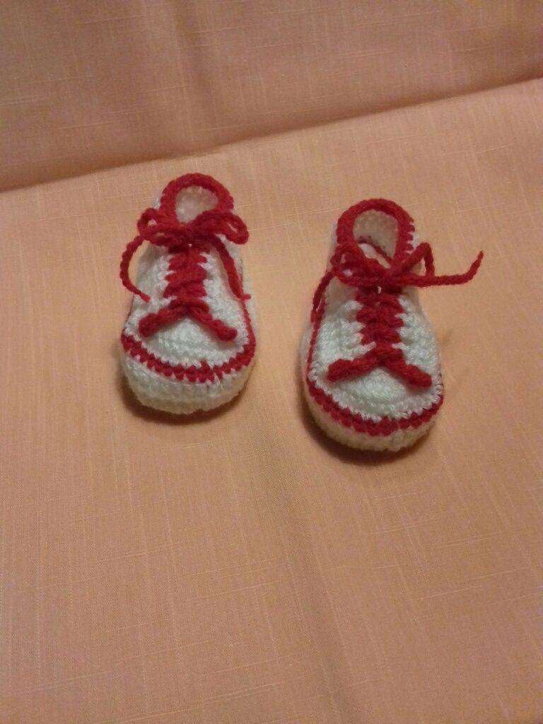 Ténis para bebé em lã