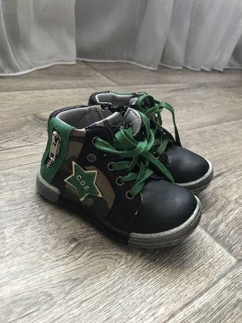 Новые ботиночки на мальчика
