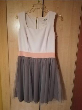 Sukienka tiulowa
