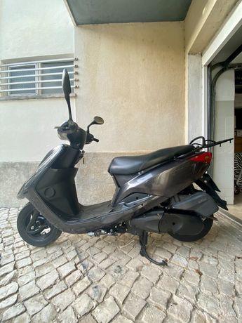 Scooter Yamaha XC 125 E Vity