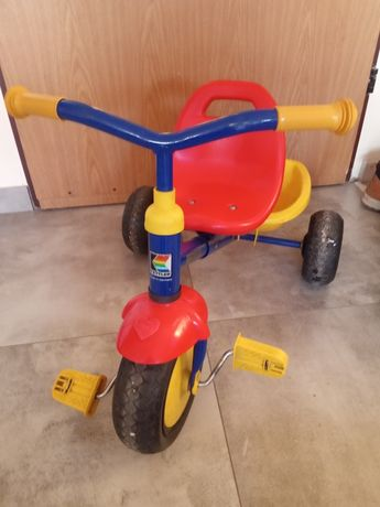 Trójkołowy rowerek dziecięcy