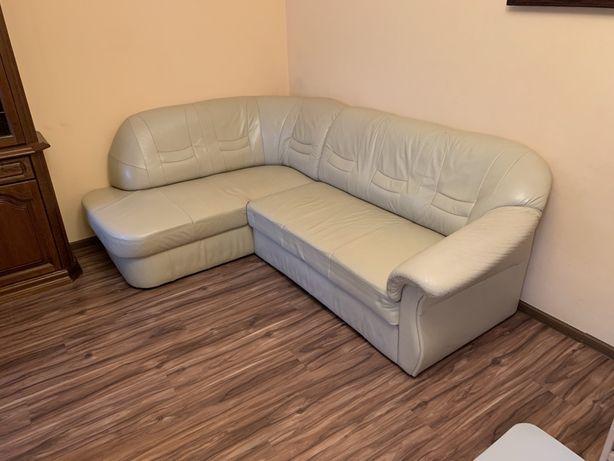 Narożnik skórzany, rozkładany, beżowy. Fotel gratis.