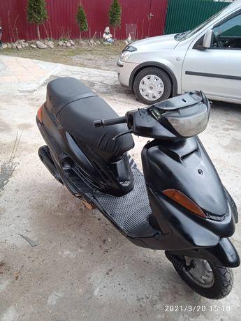 Скутер Ямаха продам