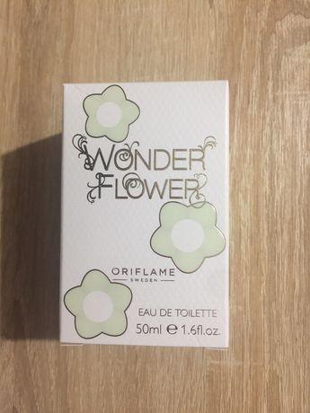 Oriflame Wonder Flower. Туалетная вода Oriflame Ванде Флауе, 50 мл.